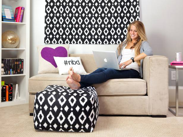 College Girl Room Ideas: Decorating Your Small Space