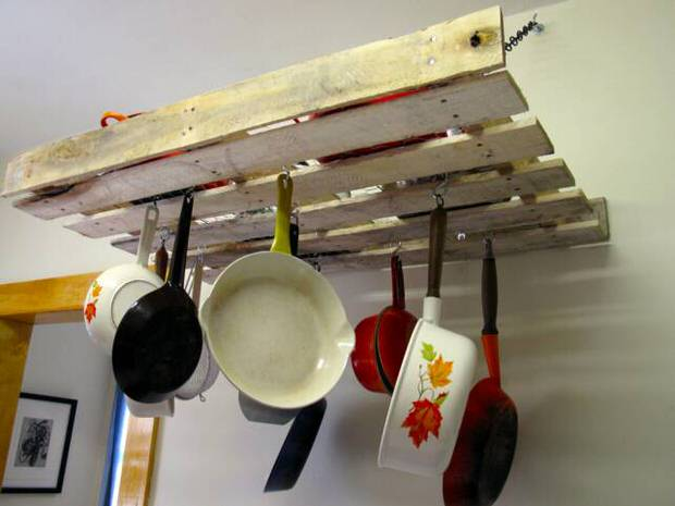 how to make a kitchen pot rack