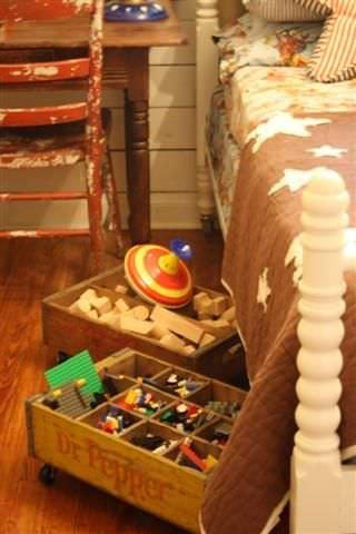Underbed crate storage
