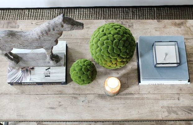 Coffee Table Styling and Decorating in 4 Easy Steps