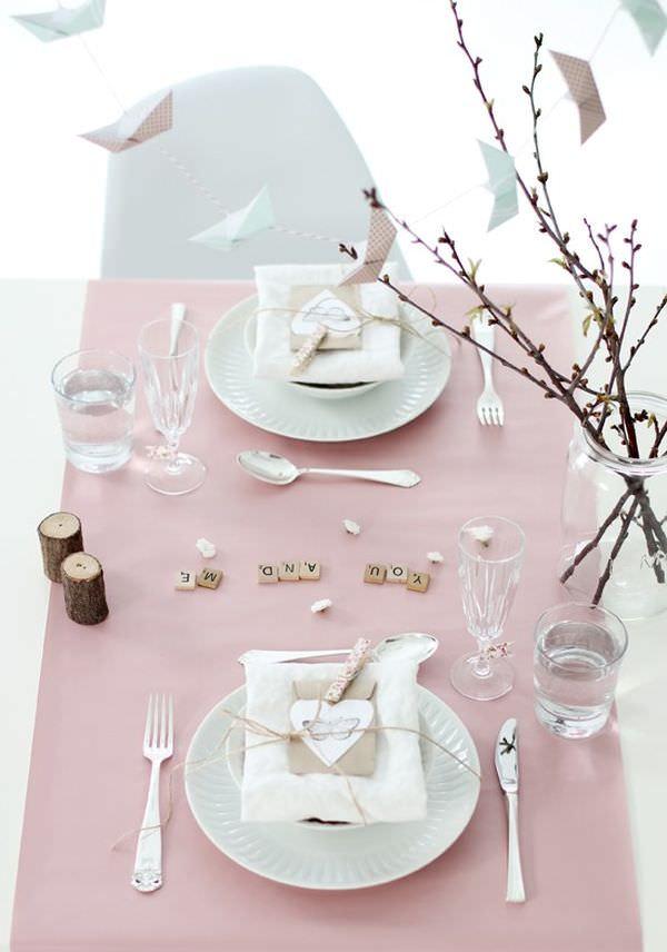 Valentines Table Decorating