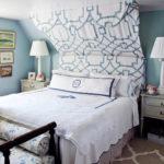 hbx-schultz-makeover-bedroom-blue-white-0311-de