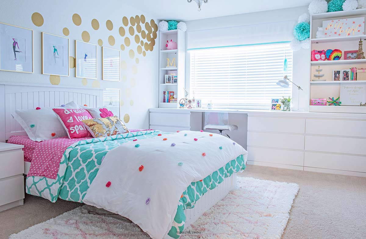 Cute & Stylish Teenage Girl Bedroom Ideas & Room Decor ... on Room Girl  id=95940
