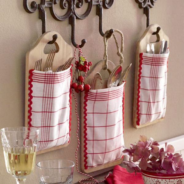 diy-kitchen-storage-ideas-cutlery-wall-hanging-pockets