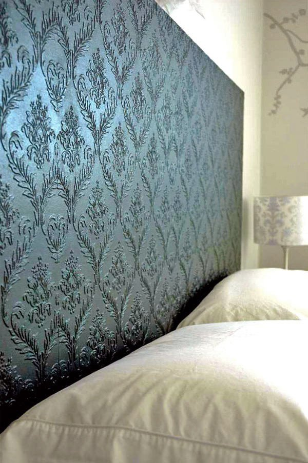 10 textured wallpaper projects decorating your small space for Paintable textured wallpaper