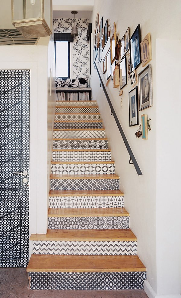 Staircase+Stenciled+stair+risers