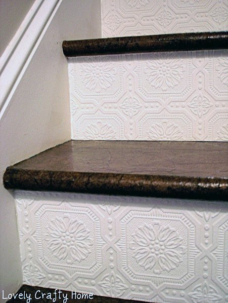 Textured-Wallpaper-Stair-Riser-2