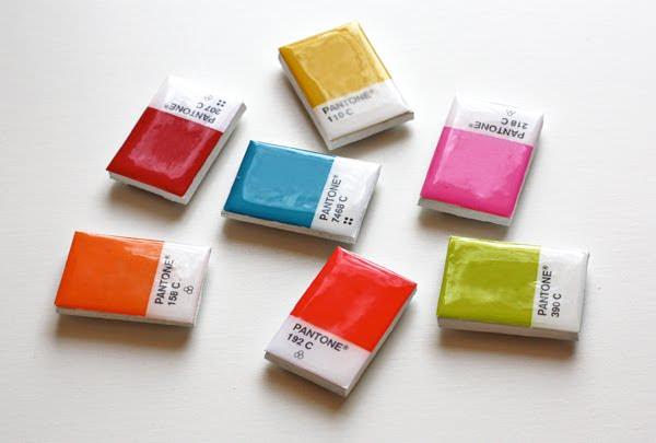 DIY-pantone-chip-magnets