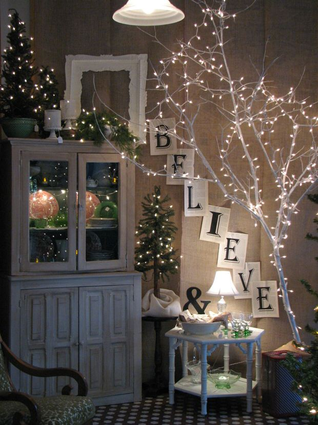 this christmas ball luminary from mango juiced will brighten up any holiday table or mantel pretty and inexpensive indoor christmas lighting idea