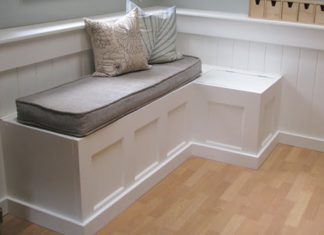 12 Fabulous Functional Diy Storage Benches Ohmeohmy Blog