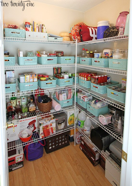 How To Organize Food Cabinets And Pantries In Your Kitchen