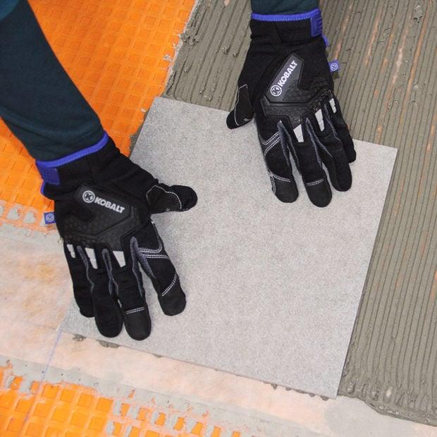 install-floor-tile-install-step1
