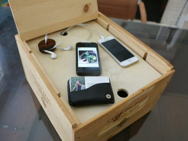 Do It Yourself Clever Charging Stations