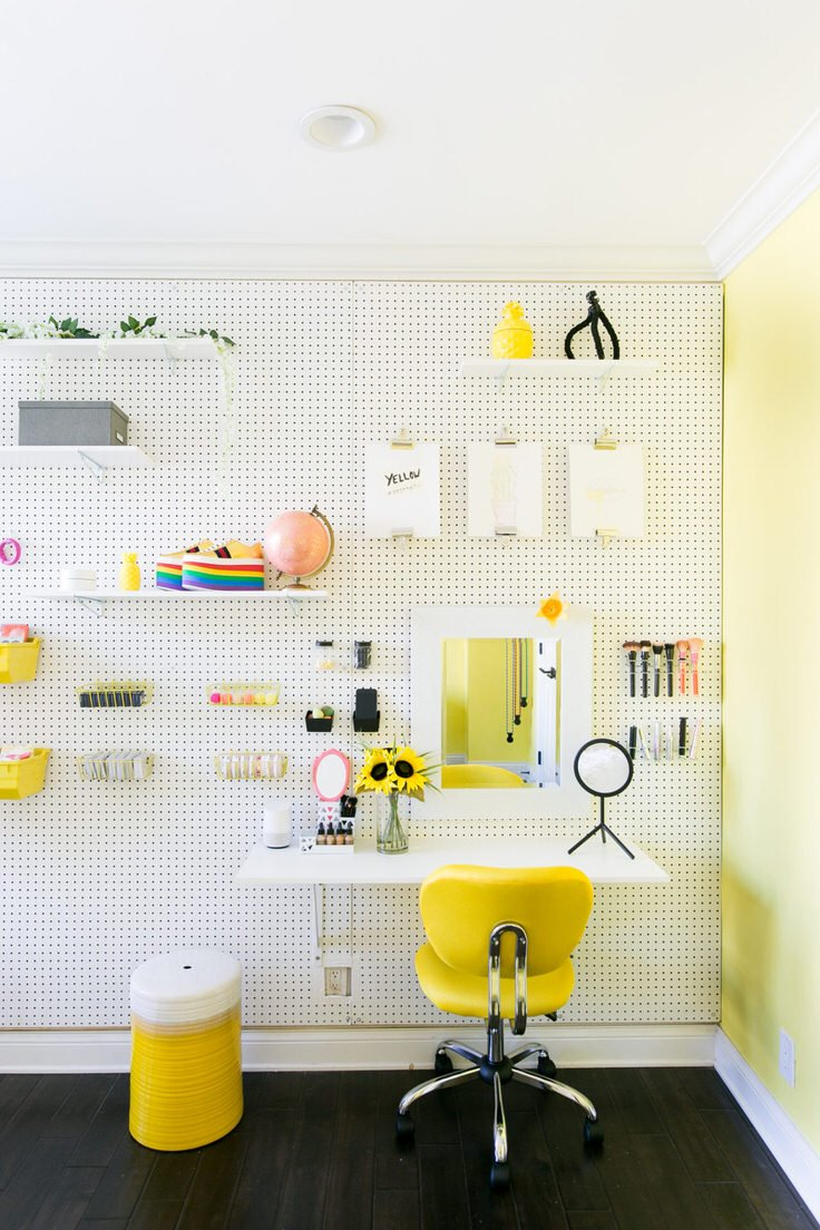... A Home Office, A Homework Space, A Teenu0027s Room, A Craft Roomu2026 You Get  The Idea. This DIY Pegboard Wall Has Built In Shelving, And Even A Desk!