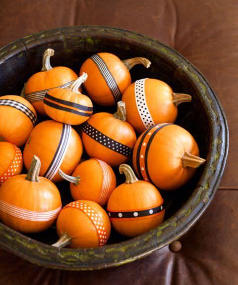 No Carve Pumpkin Decorating Ideas- Mini Pumpkins