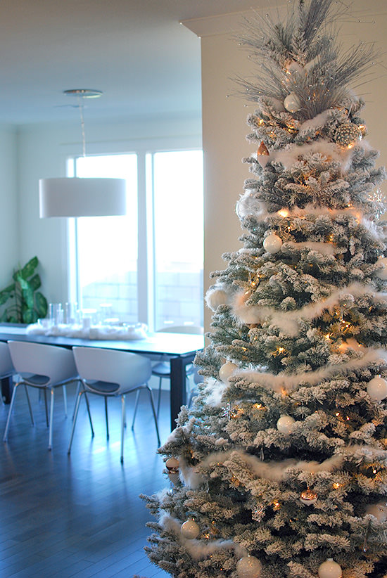 Modern and Glam Christmas Home Tour