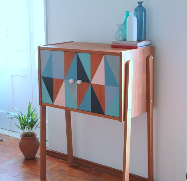 mid century entry table makeover check out these diy sea urchin starburst sculptures from u0027love maeganu0027 weu0027ve seen these wall art sculptures in a lot