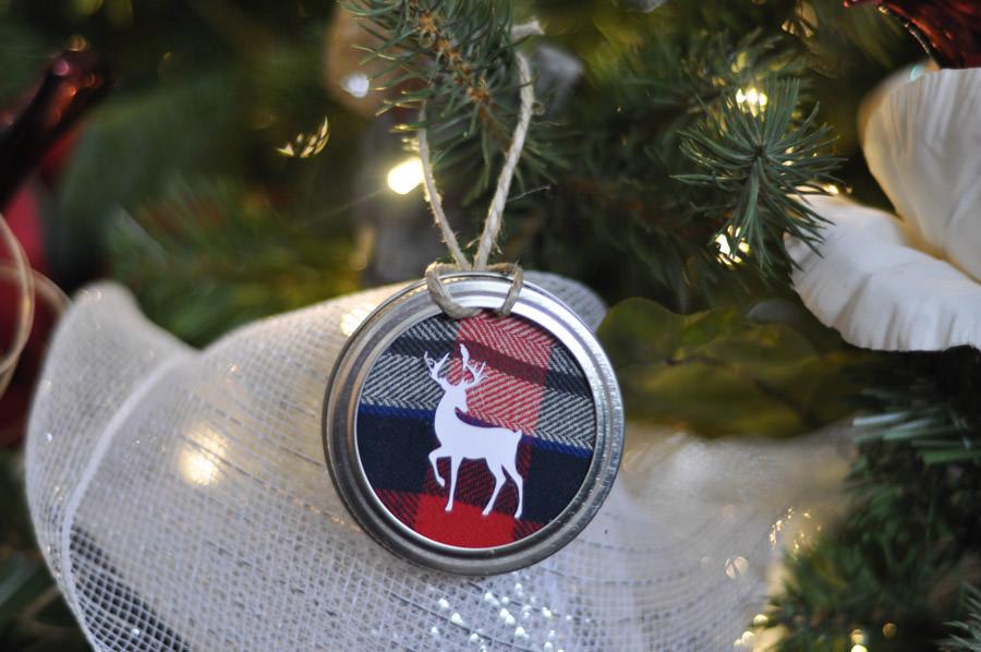 11 classy buffalo check  u0026 plaid christmas projects