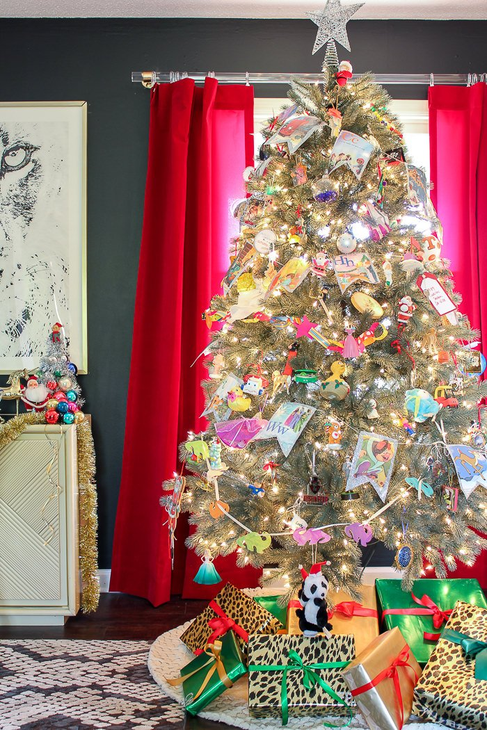 rachel from pencil shavings studio has her own version of a colorful christmas theme again nothing expensive on this tree the white tree does make the