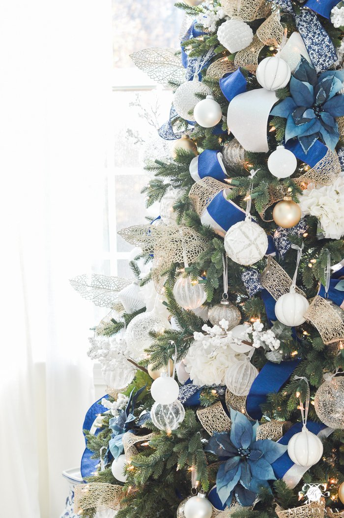 silver and gold or copper christmas tree theme - Blue And Gold Christmas Tree