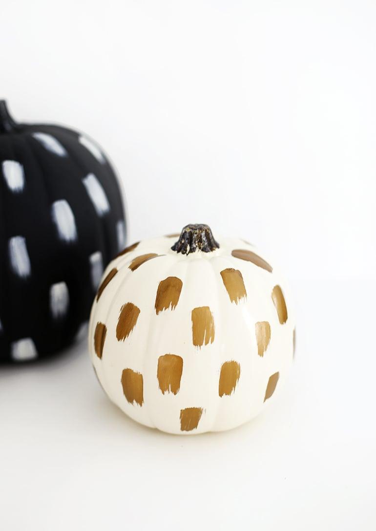 Pumpkin Decorating Ideas : 11 Ideas for Pretty Pumpkins