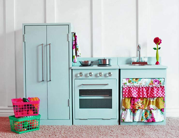 Easy DIY Kids Furniture Projects