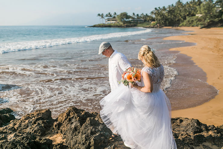 A Beautiful & Intimate Wedding on the Beaches of Maui