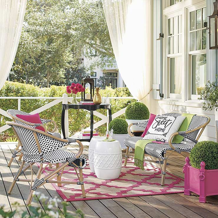 Fresh & Fabulous Front Porch and Patio Ideas